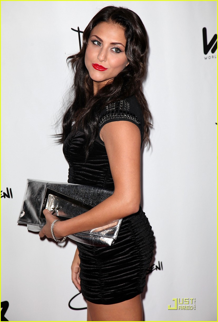 cassie scerbo yrb mag party 07
