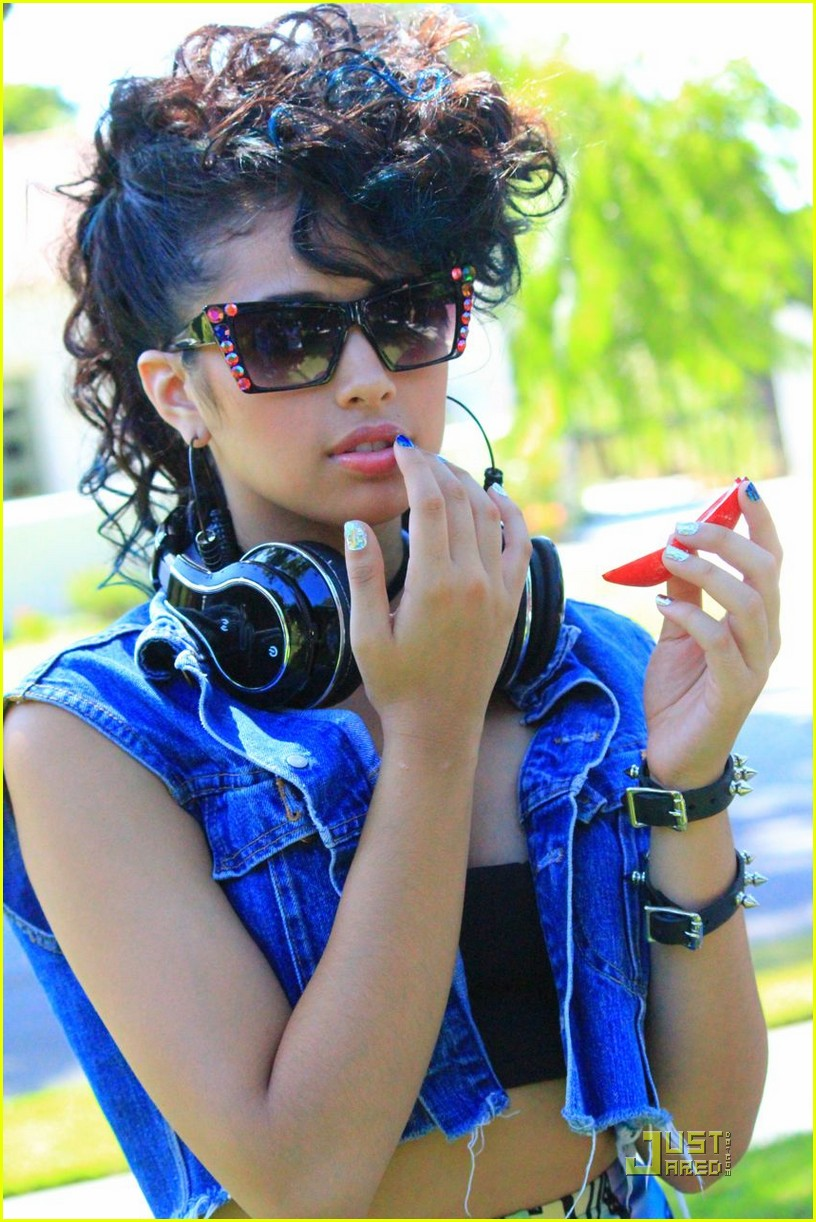 jasmine v bts just friend video 07