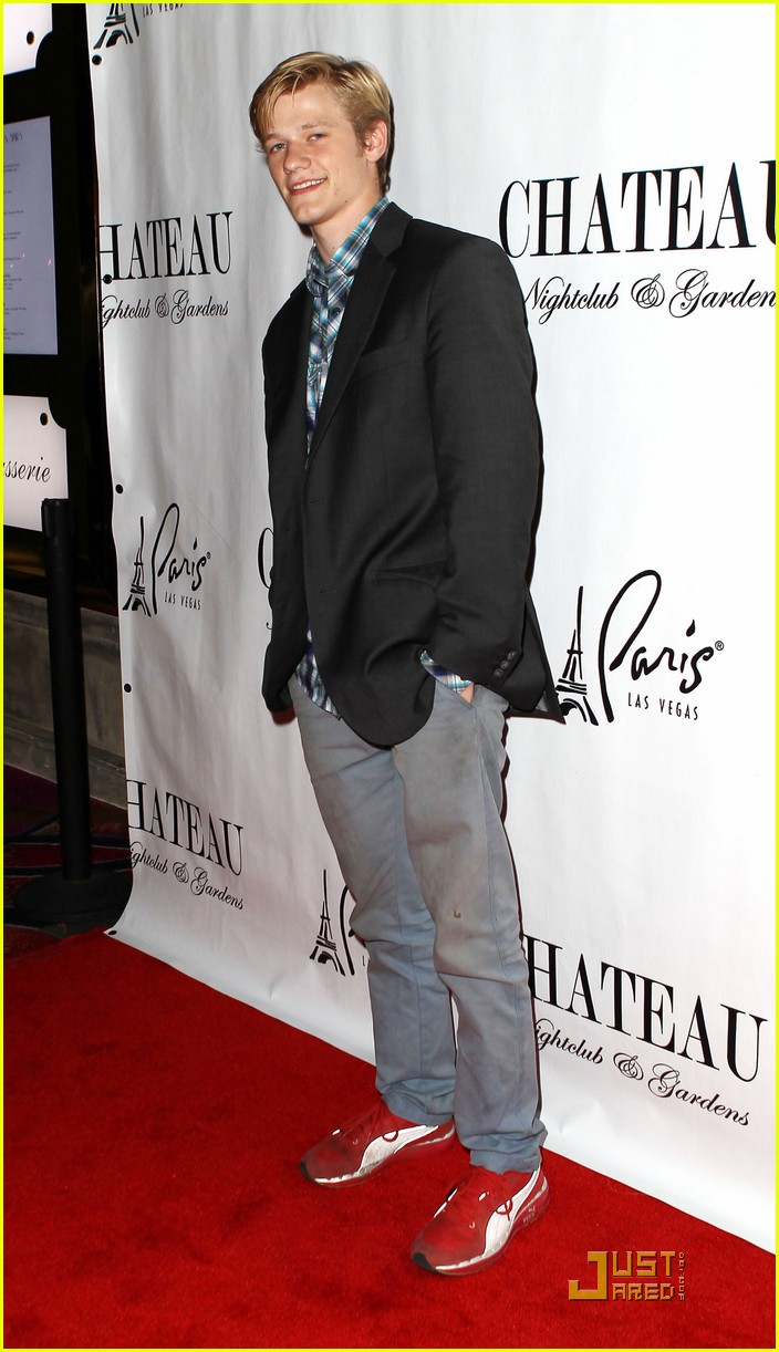 lucas till chateau bday 02