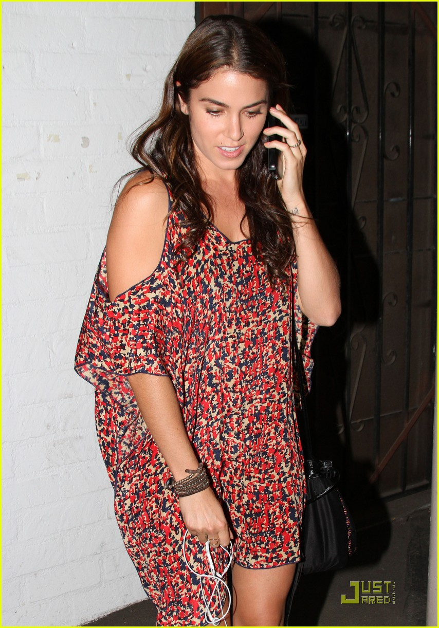 nikki reed 1969 shopping 10