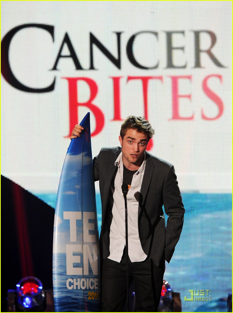 robert pattinson tcas 01