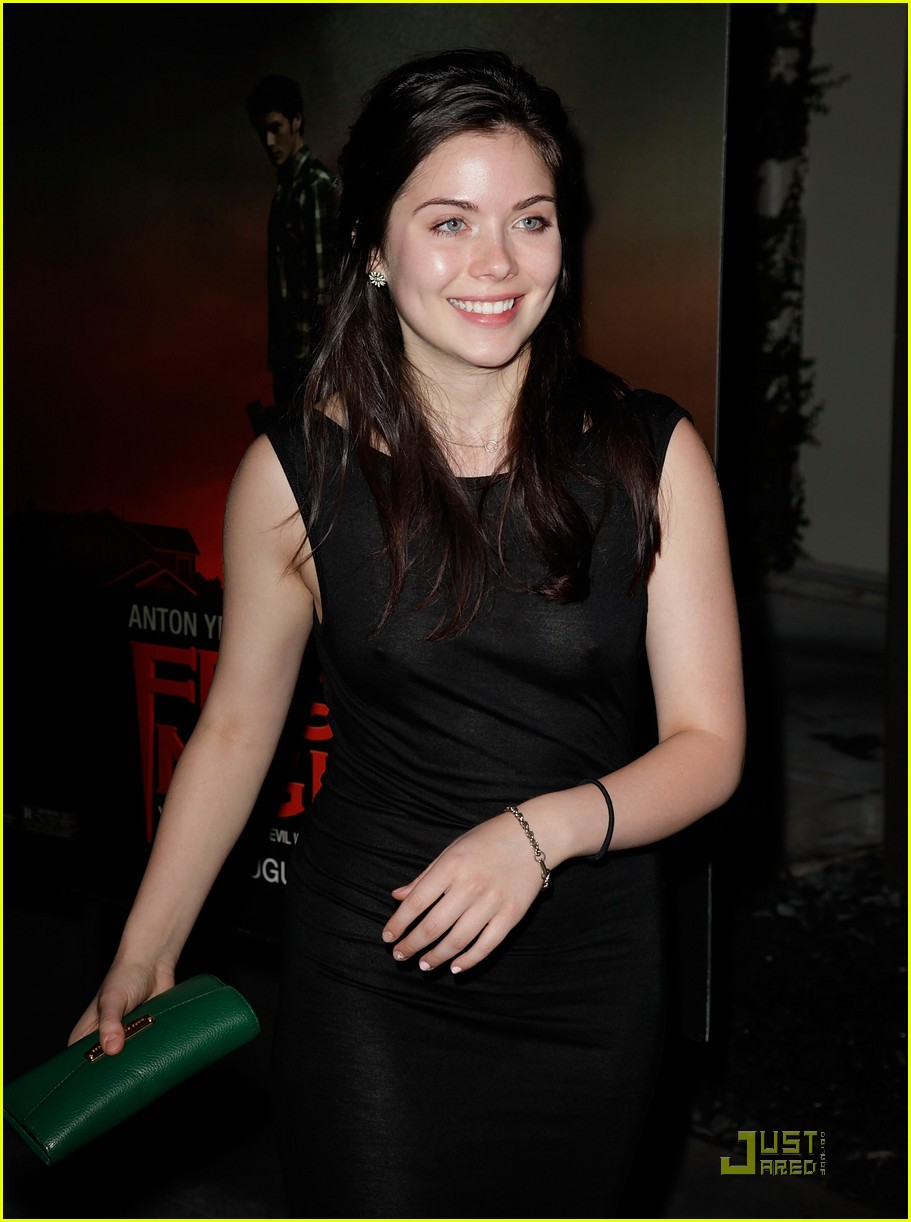 grace phipps fright night 04