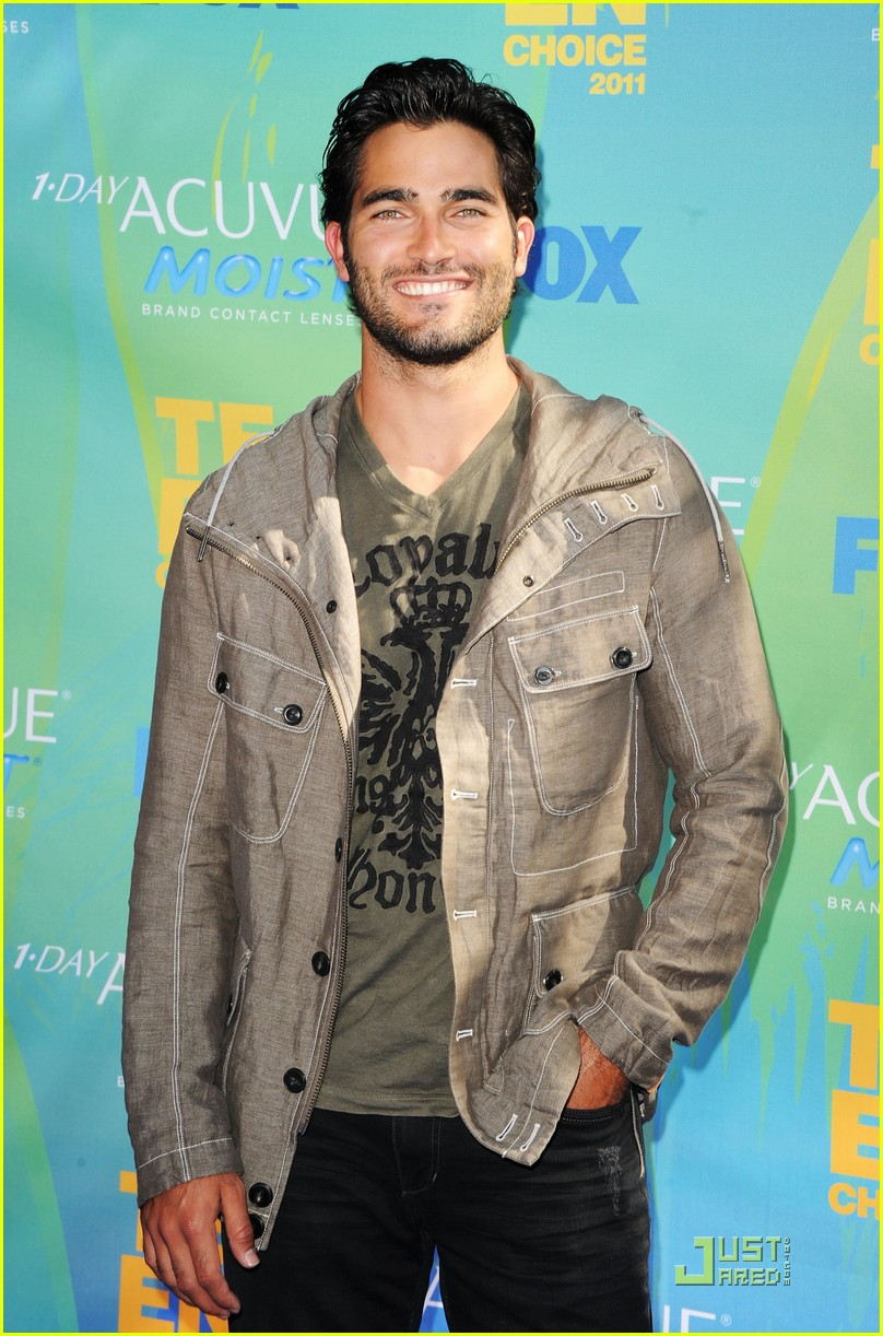 tyler posey tcas 02