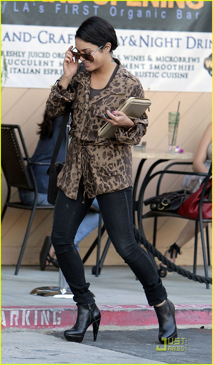 vanessa hudgens ticket leopard 06