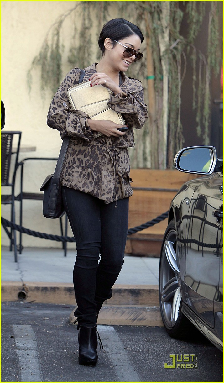 vanessa hudgens ticket leopard 10