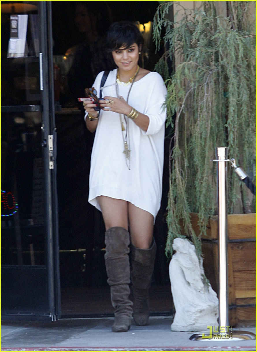 vanessa hudgens shirt dress 06
