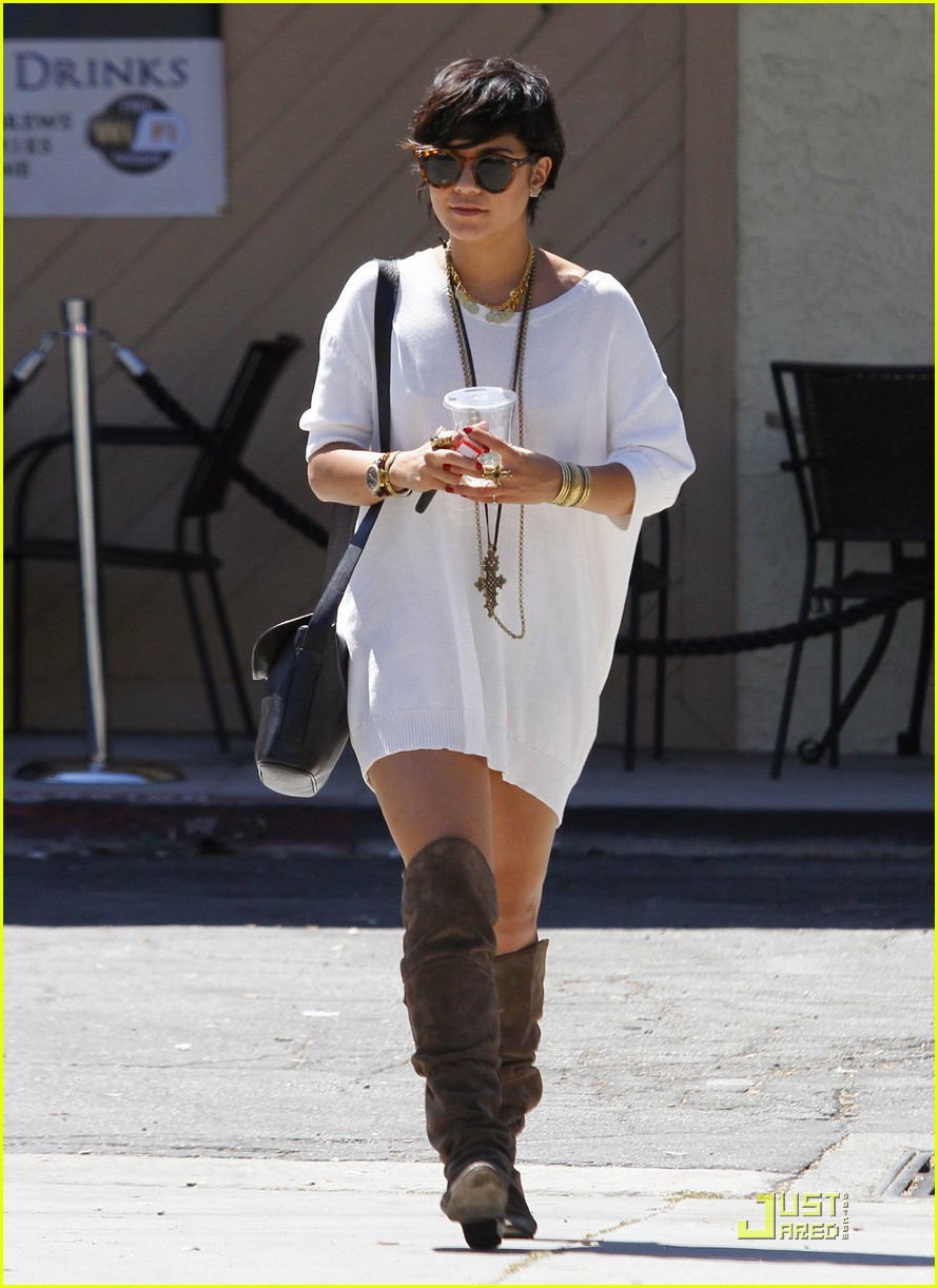 vanessa hudgens shirt dress 15