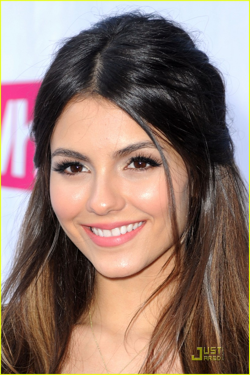 victoria justice do something awards 15