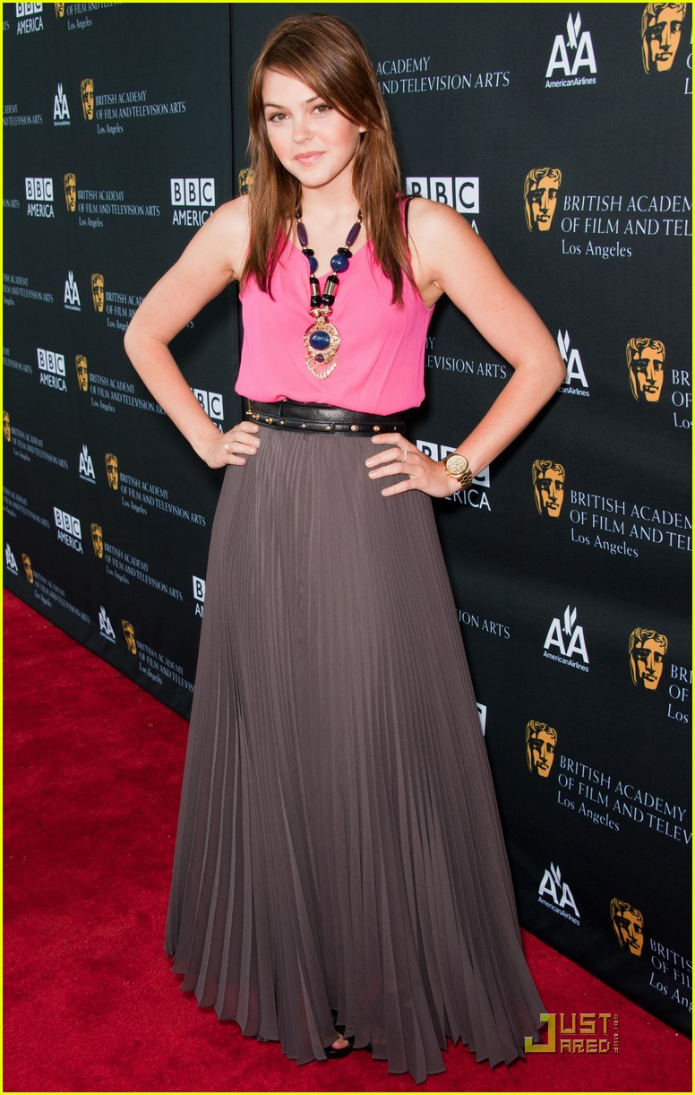 aimee teegarden emmy awards 12