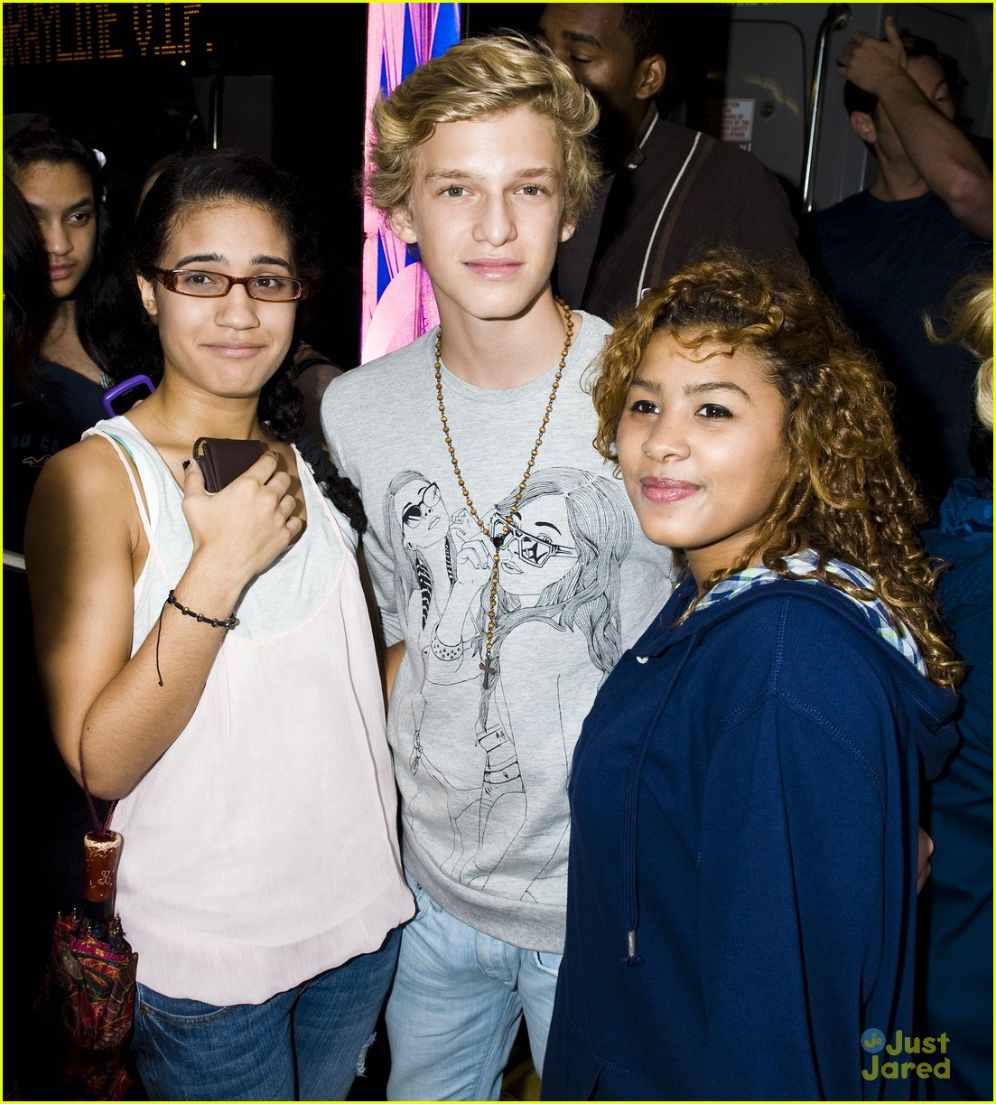 cody simpson bus nyc 03