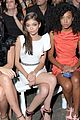 Hyland-siriano sarah hyland siriano show 24