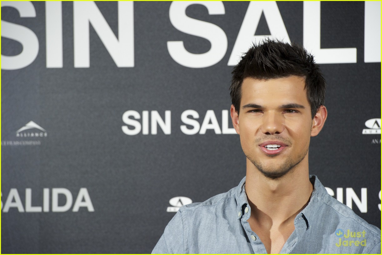 taylor lautner abduction spain 03