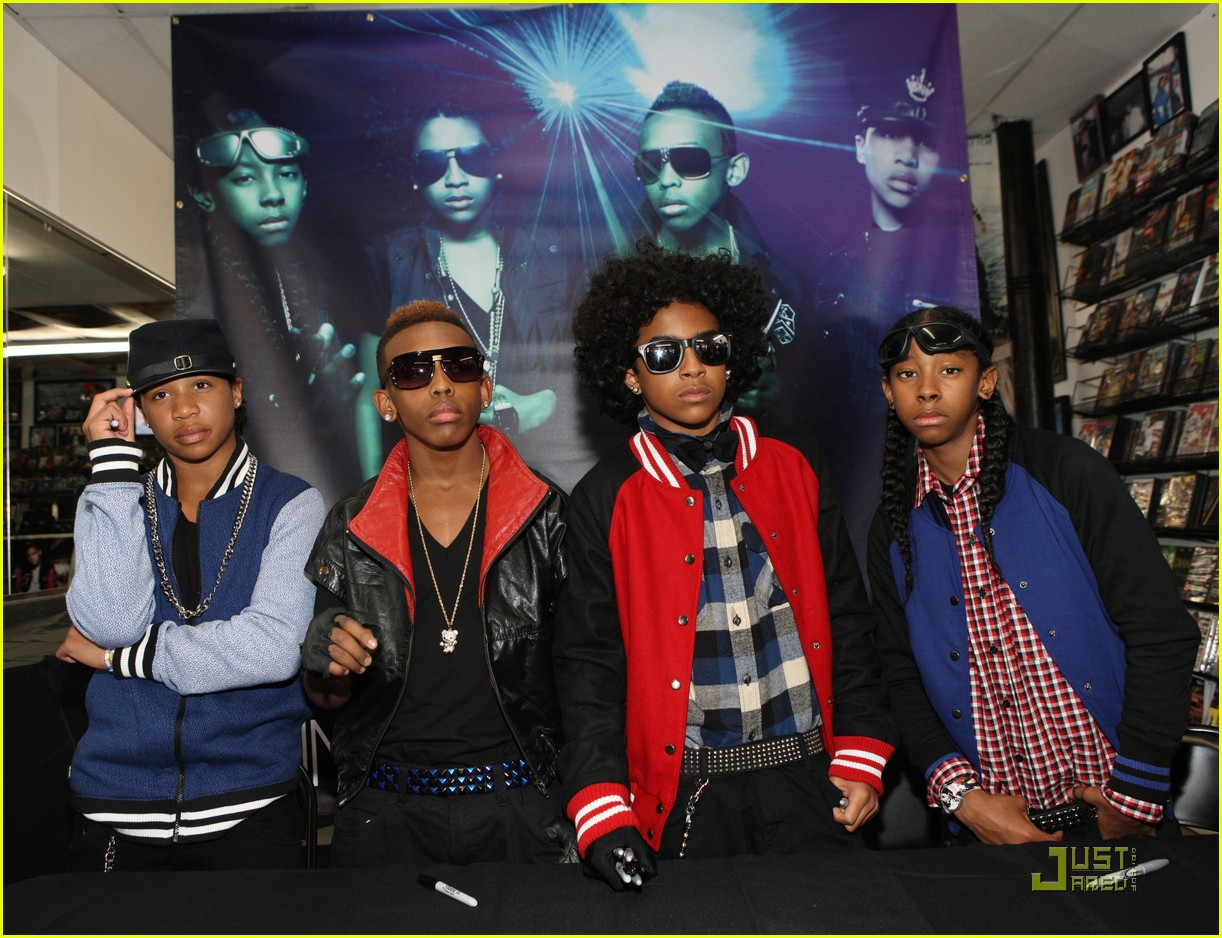 mindless behavior brooklyn performance 13