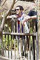 Selena-monkey selena gomez zoo monkey 01