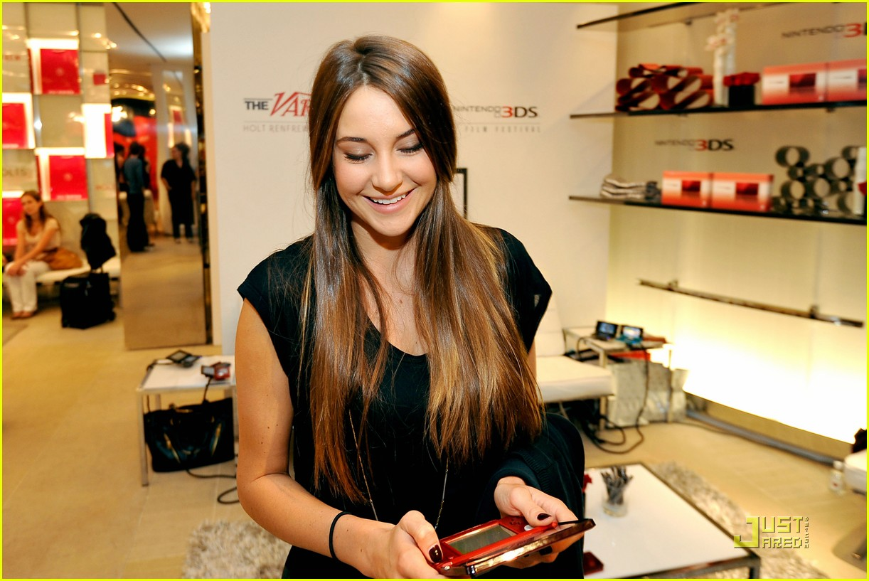 shailene woodley variety studio 14