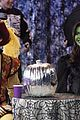 Siu-halloween shake it up halloween 24