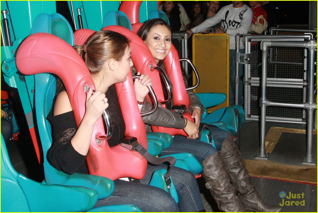 francia raisa knotts berry farm 02