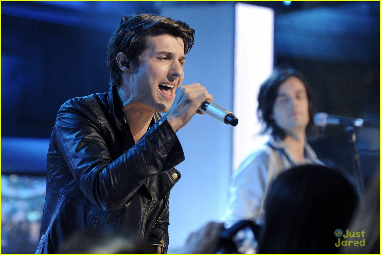 hot chelle rae new music live 32