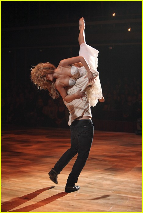 julianne hough dwts return 15