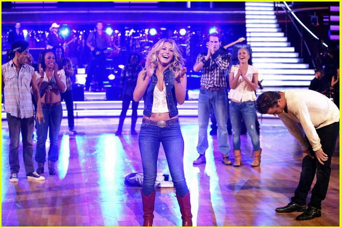 julianne hough dwts return 16