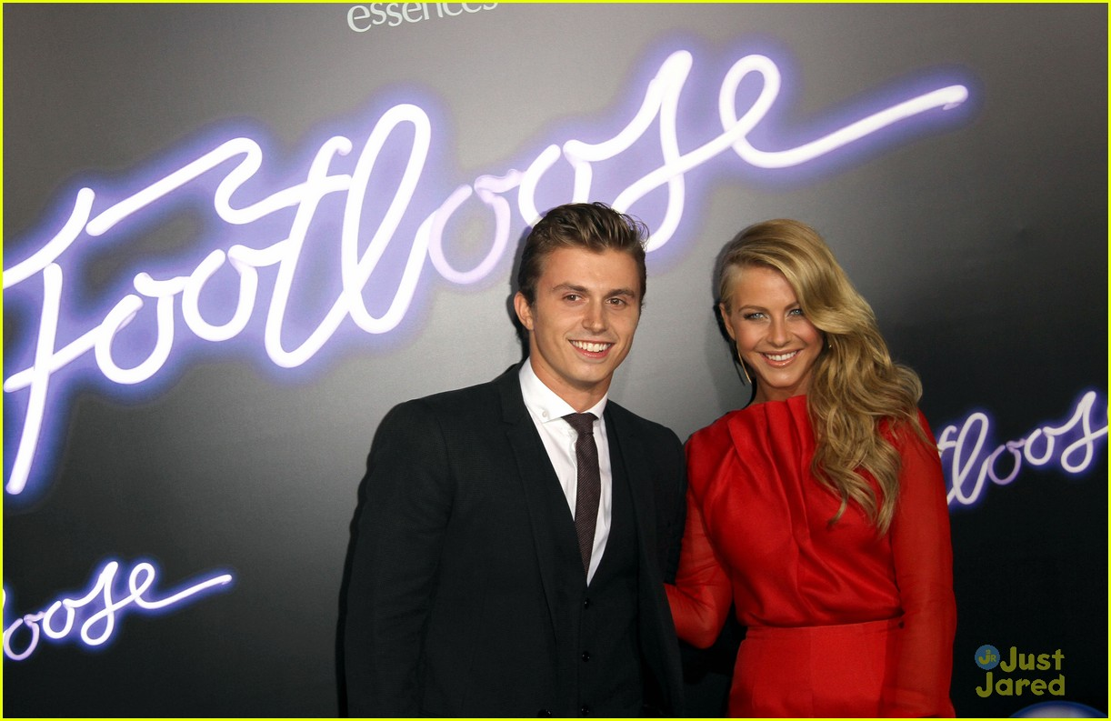 julianne hough footloose premiere 18