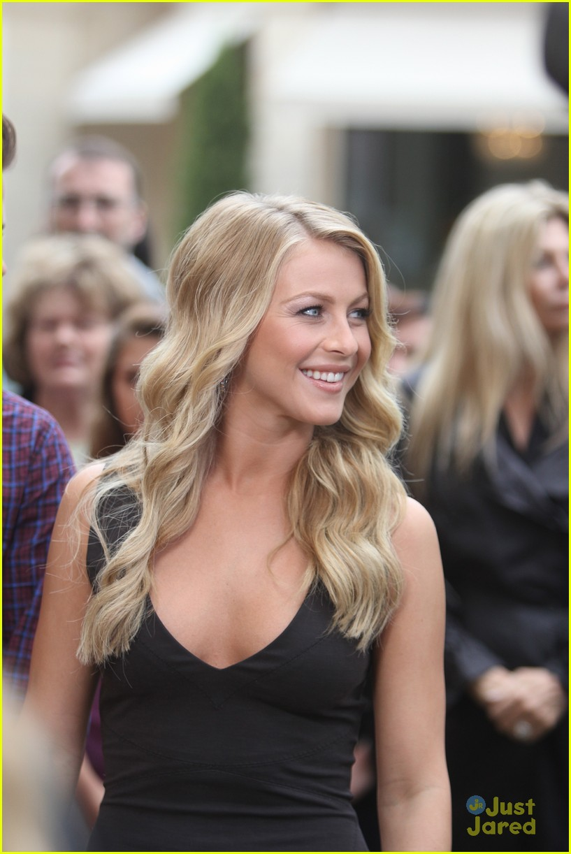 julianne hough grove girl 02