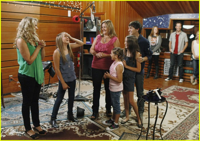 tiffany thornton leo howard prankstars 08