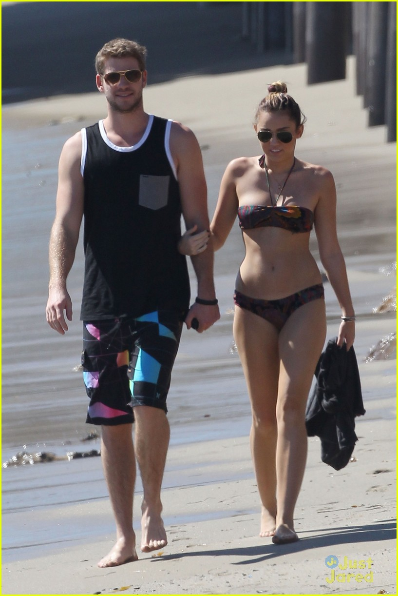 miley cyrus liam hemsworth malibu 12