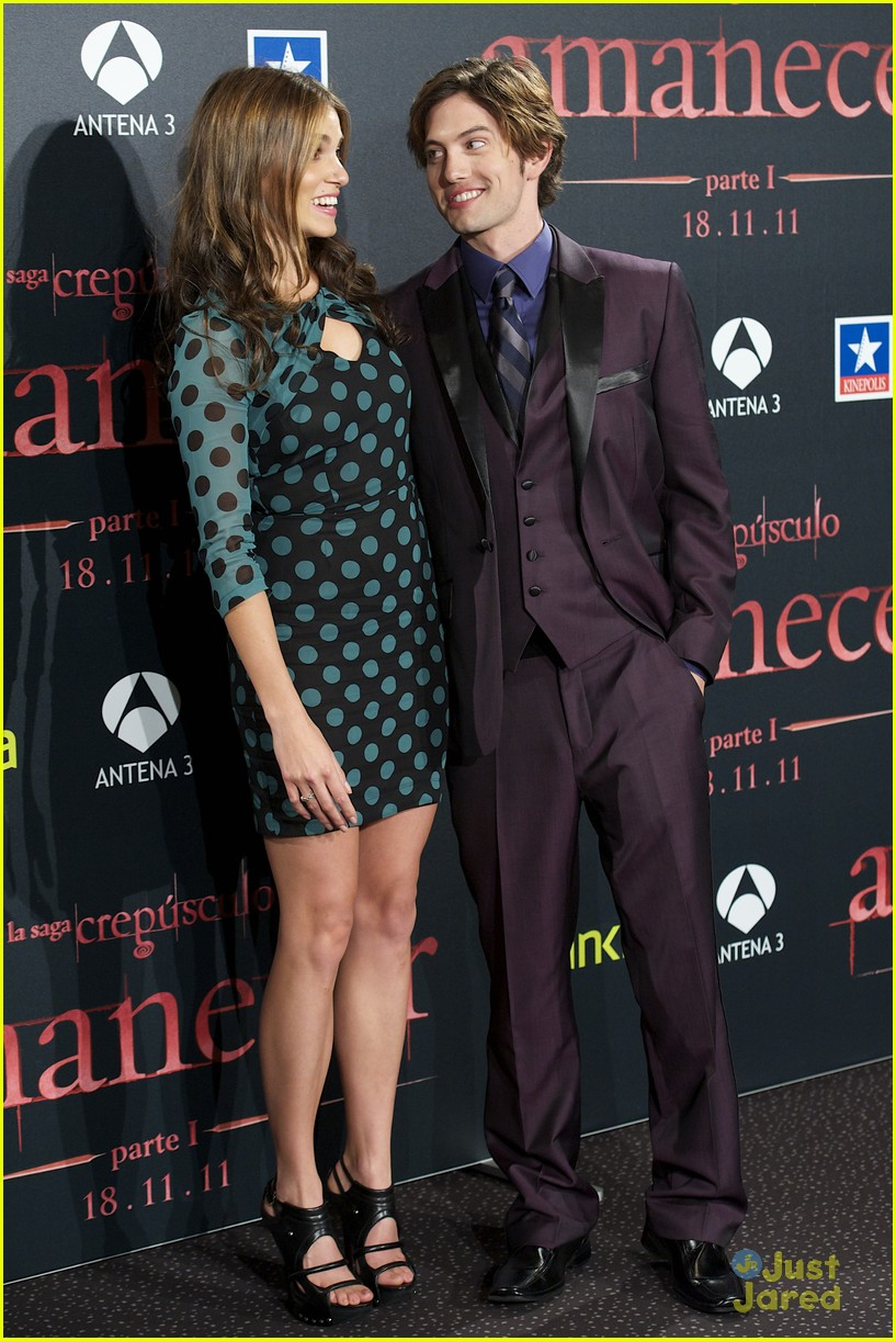 nikki reed rathbone spain premiere 01