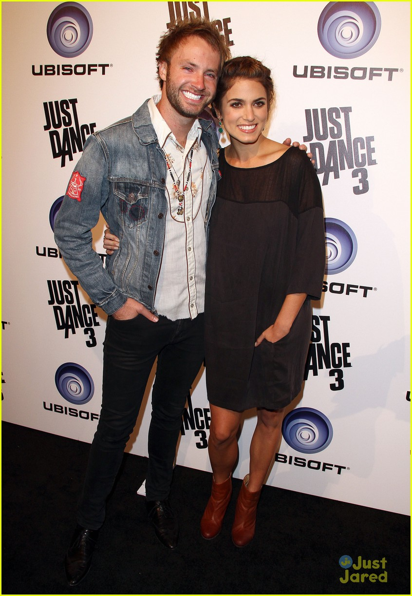 nikki reed just dance paul 11