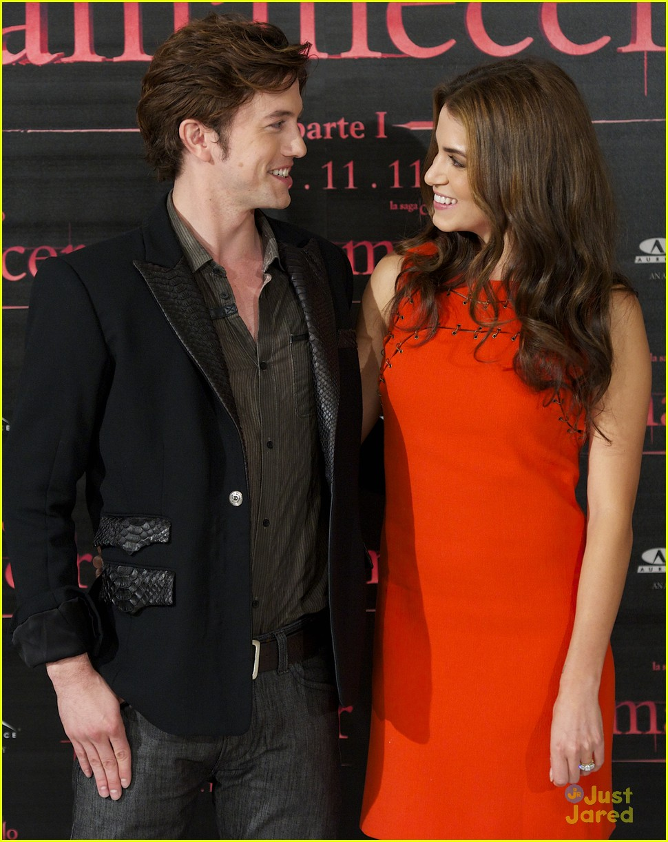nikki reed jackson rathbone madrid 10