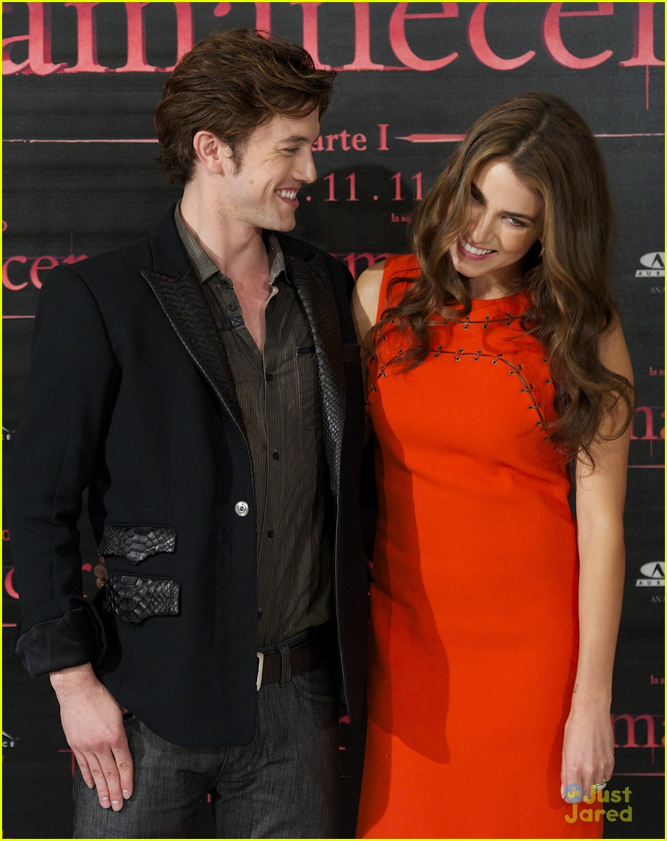 nikki reed jackson rathbone madrid 11