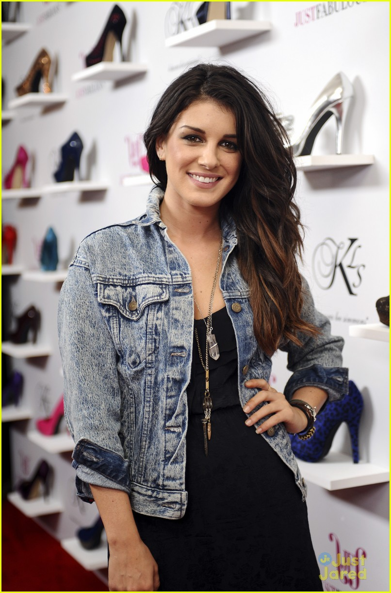 shenae grimes just fabulous 02