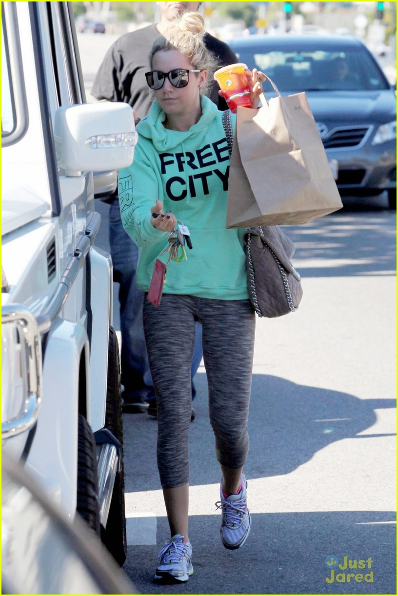 ashley tisdale free city 04