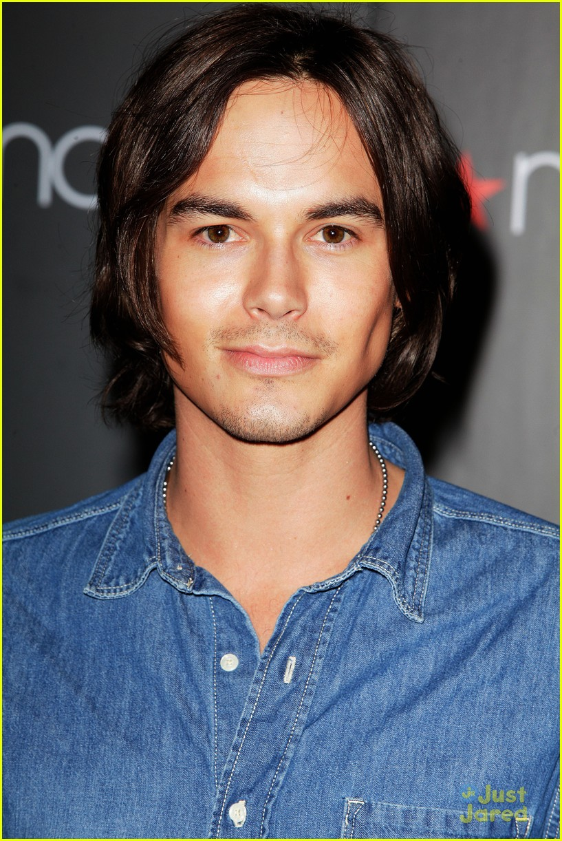 tyler blackburn macys wendy 04