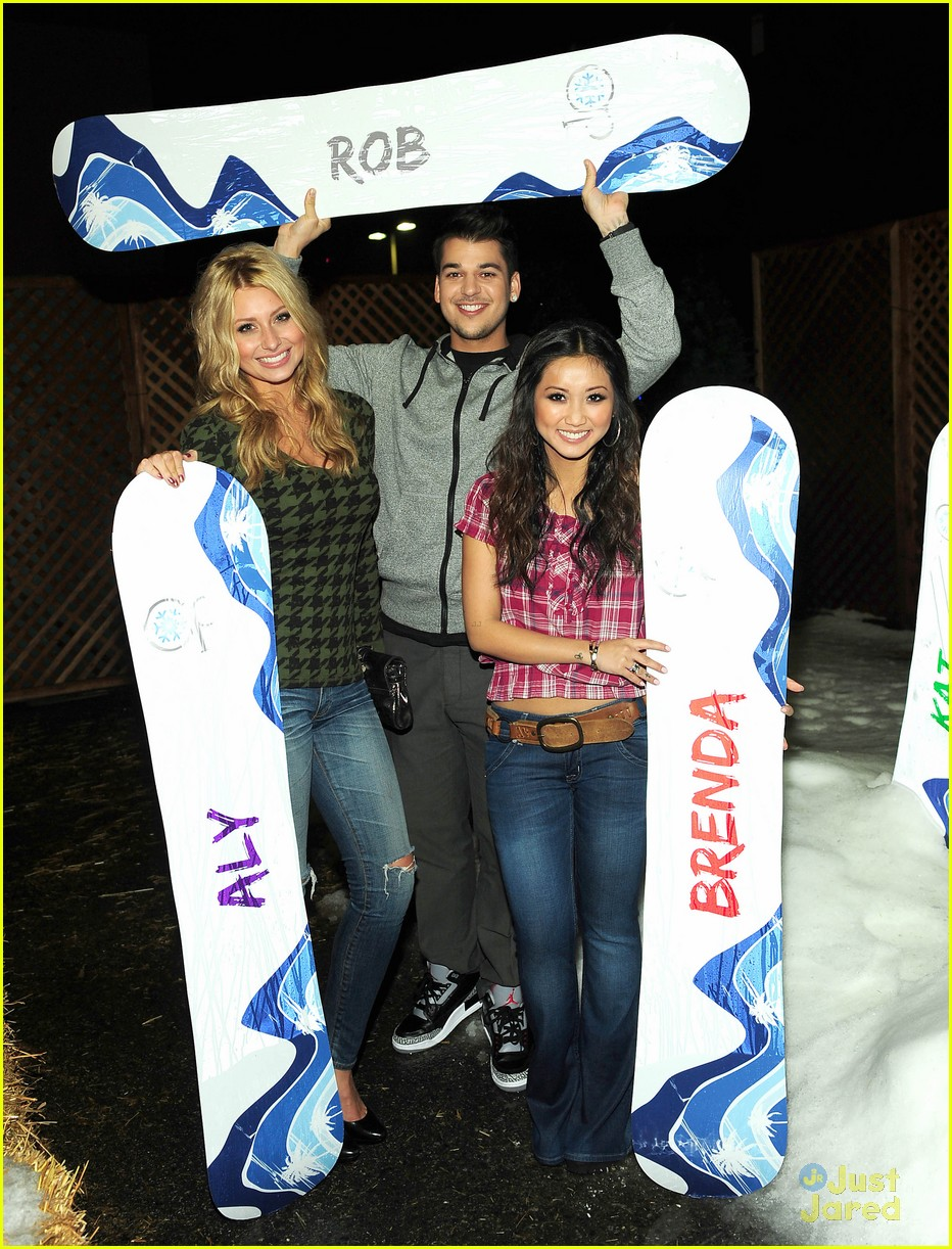 aly brenda rob op winter wonderland 11