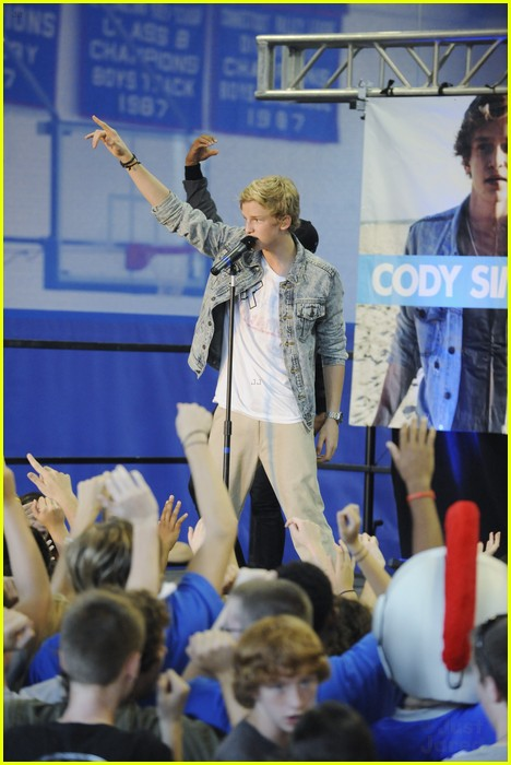 cody simpson extreme makeover 08