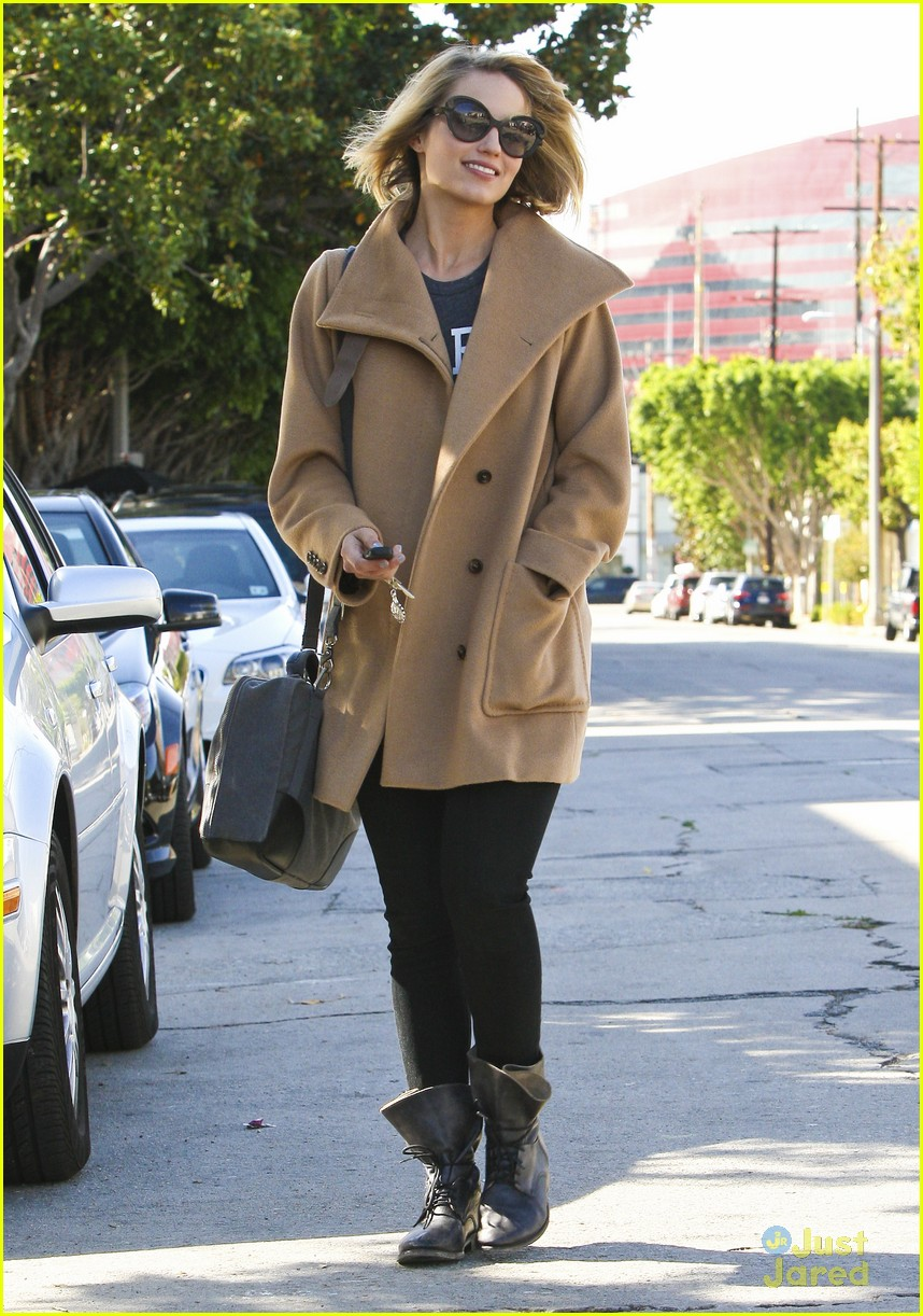 dianna agron hair salon stop 10