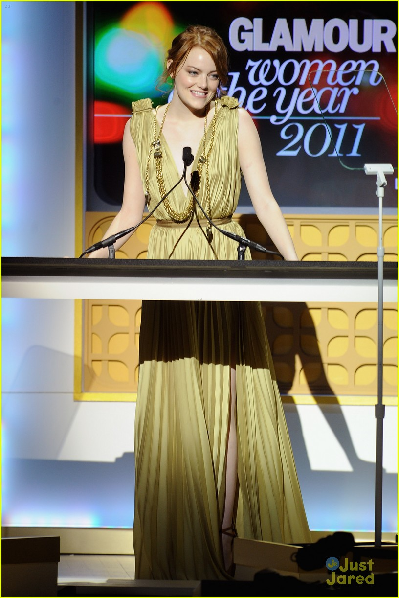 emma stone glamour awards 02