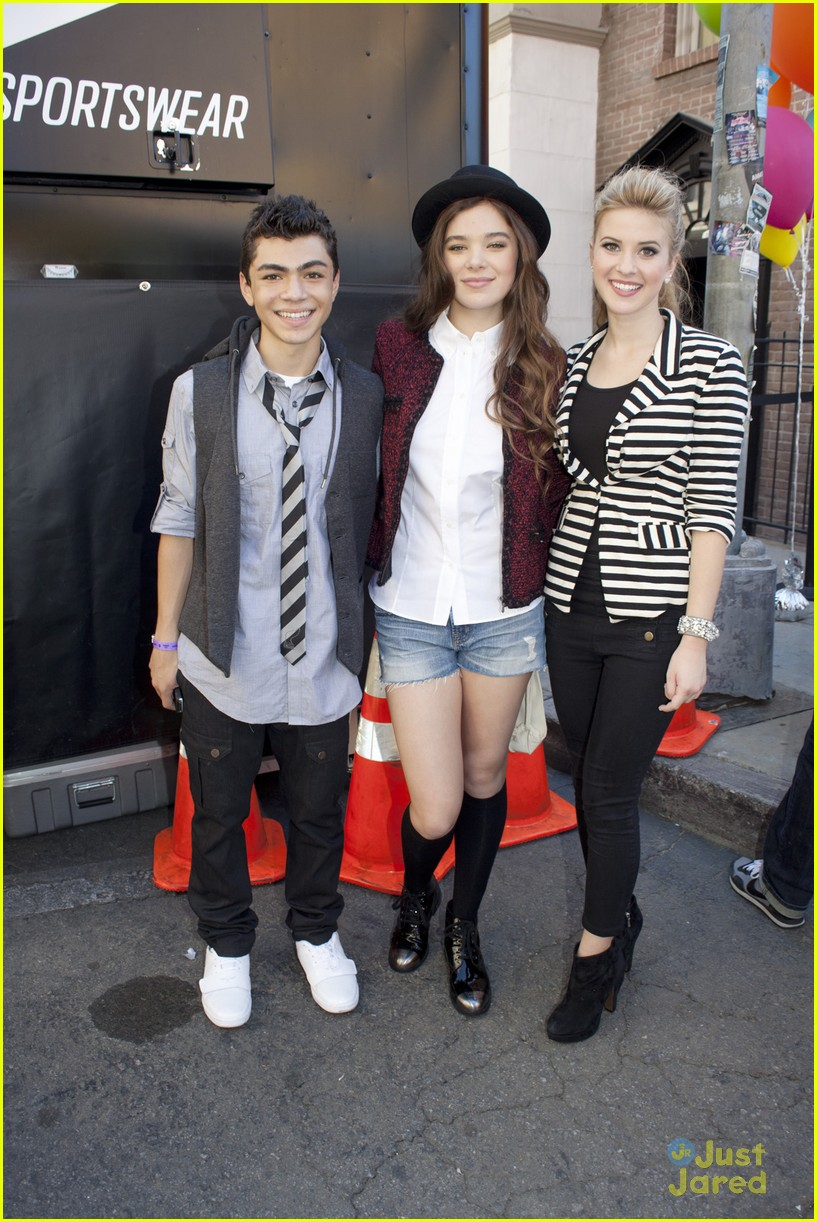 hailee steinfeld adam irigoyen meet 05