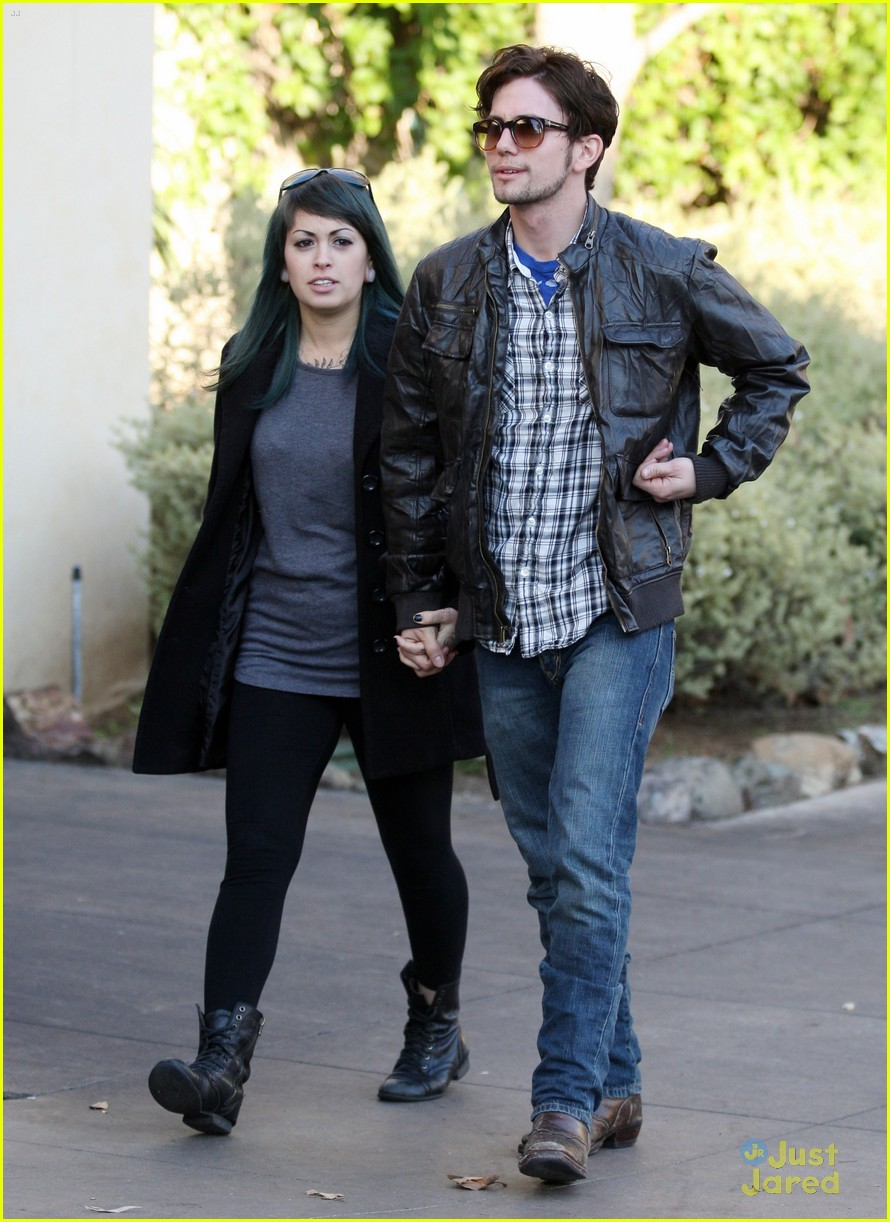 jackson rathbone girlfriend grove 10