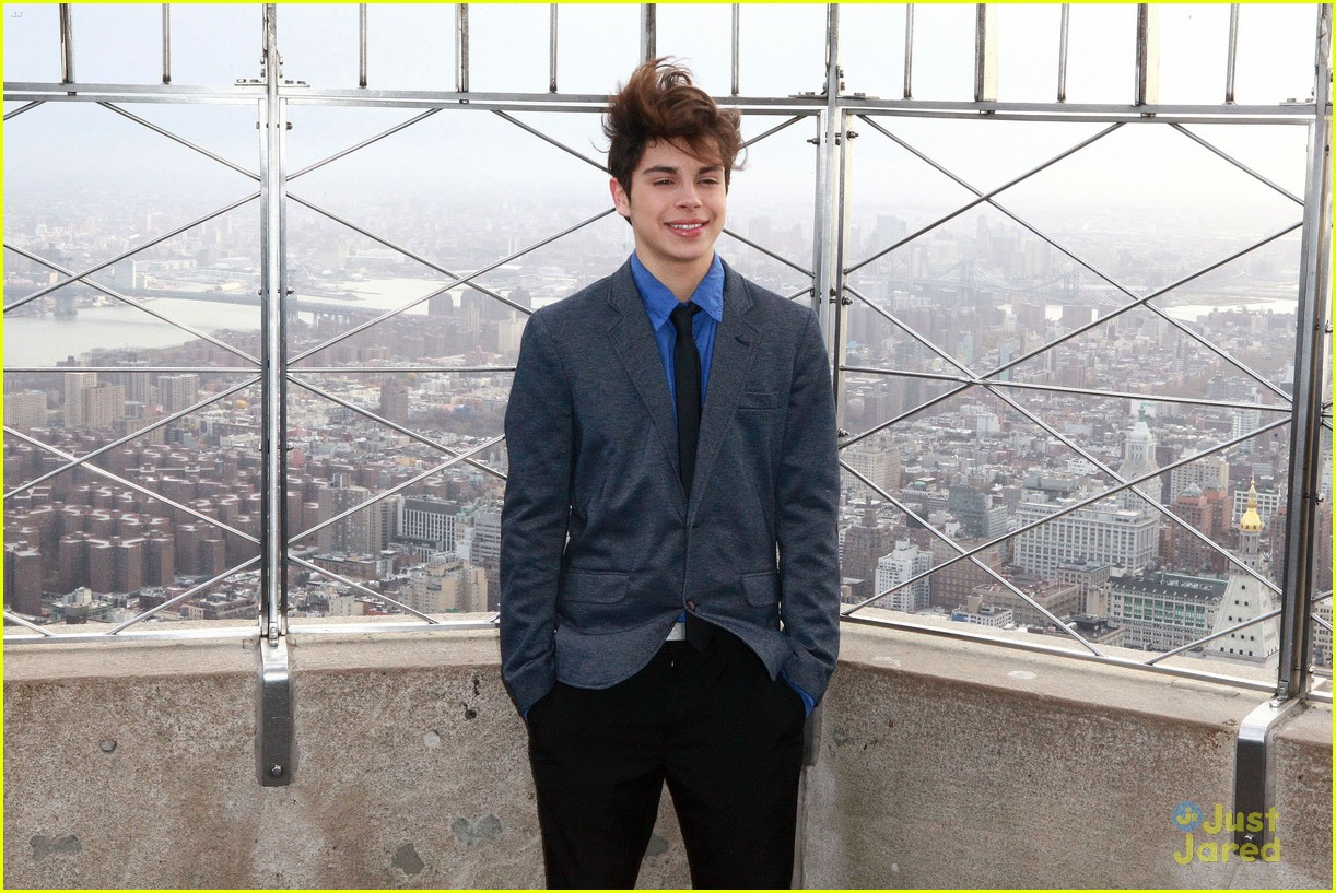 jake austin empire state 02
