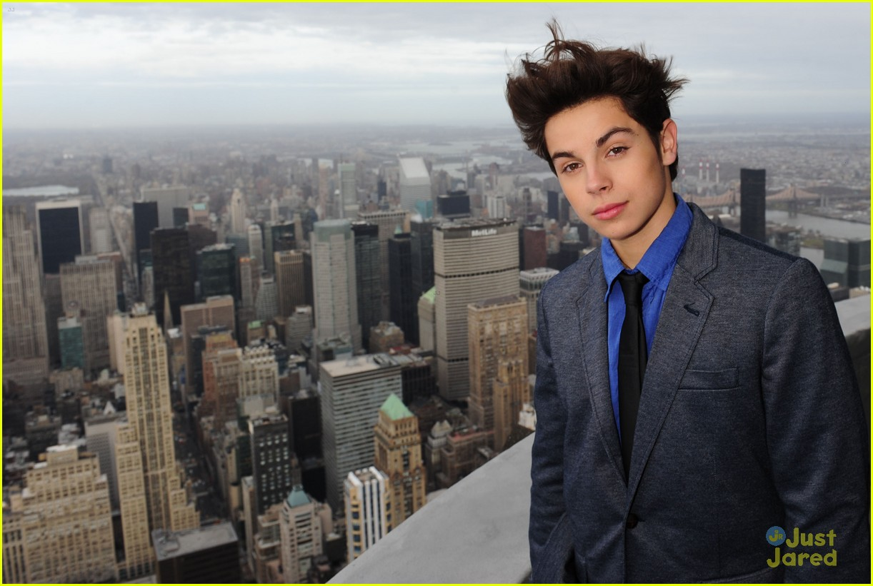 jake austin empire state 03
