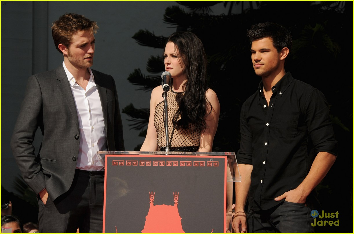 kristen rob taylor walk fame 07