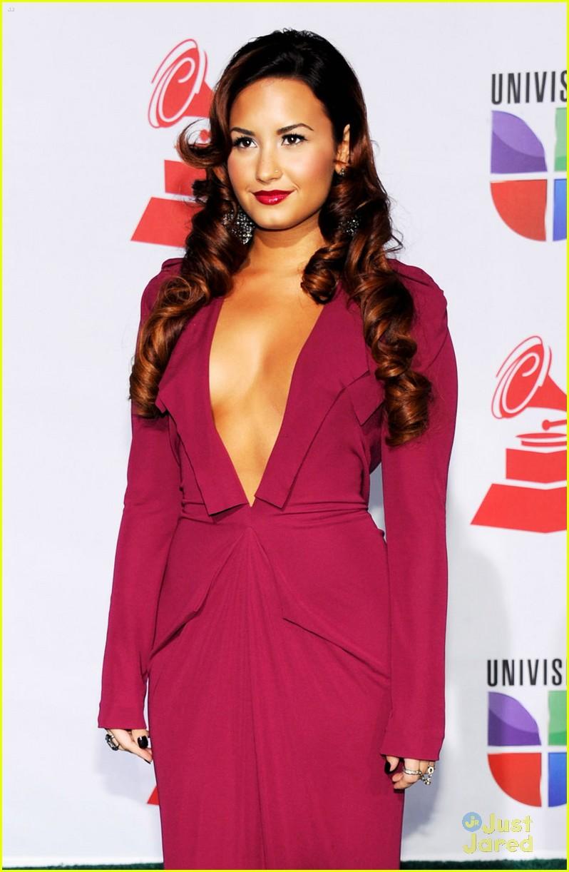 Demi Lovato: Latin Grammys Gorgeous | Photo 446968 - Photo Gallery ...
