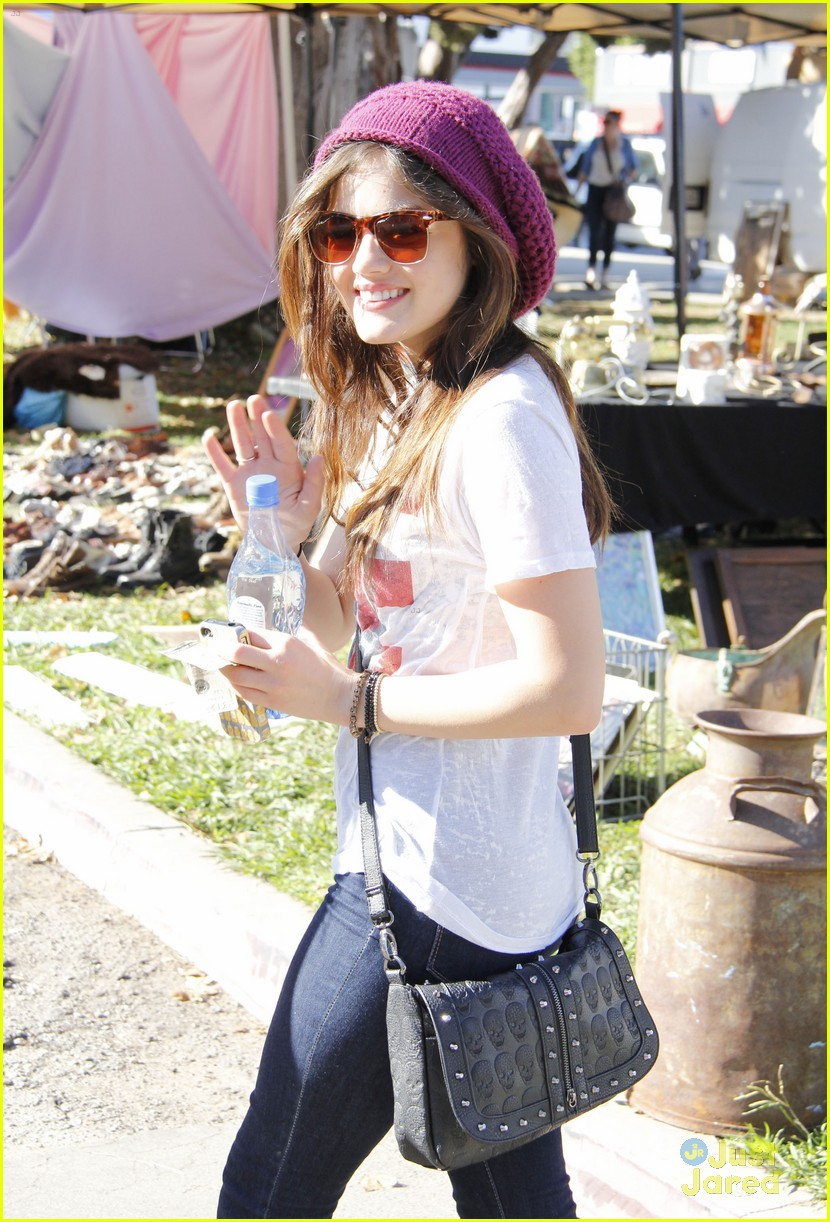 lucy hale pll third season 03