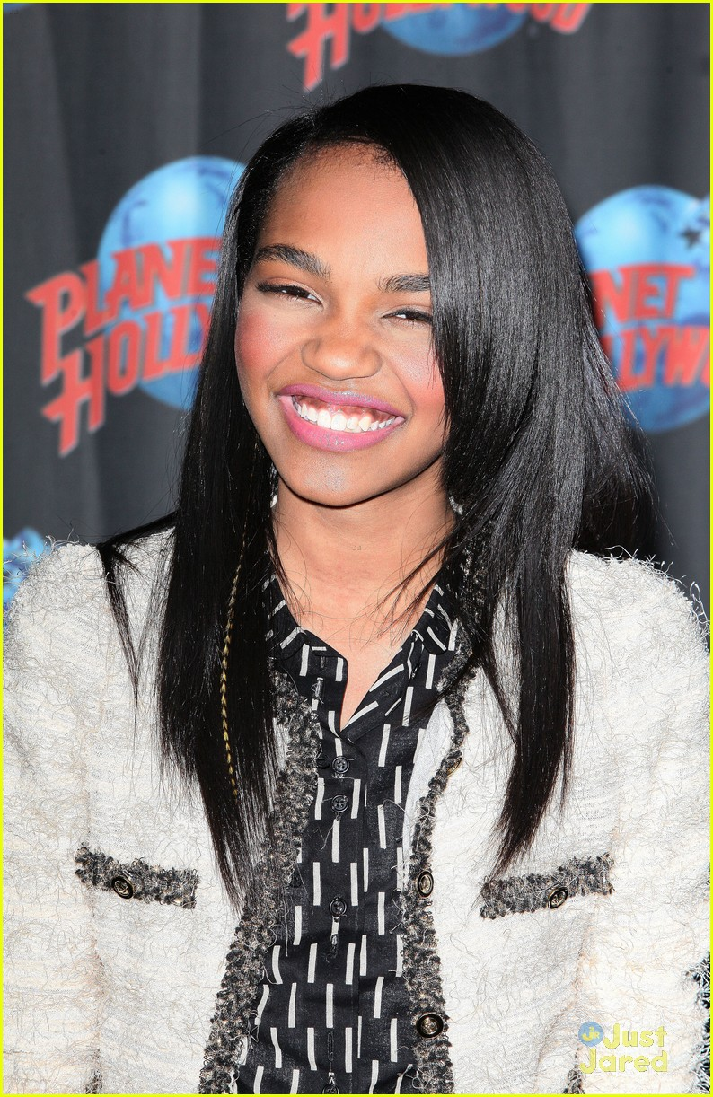 china anne mcclain planet hollywood  11