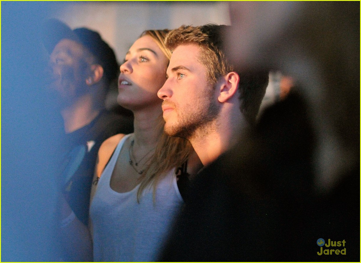 miley cyrus liam hemsworth google music 02