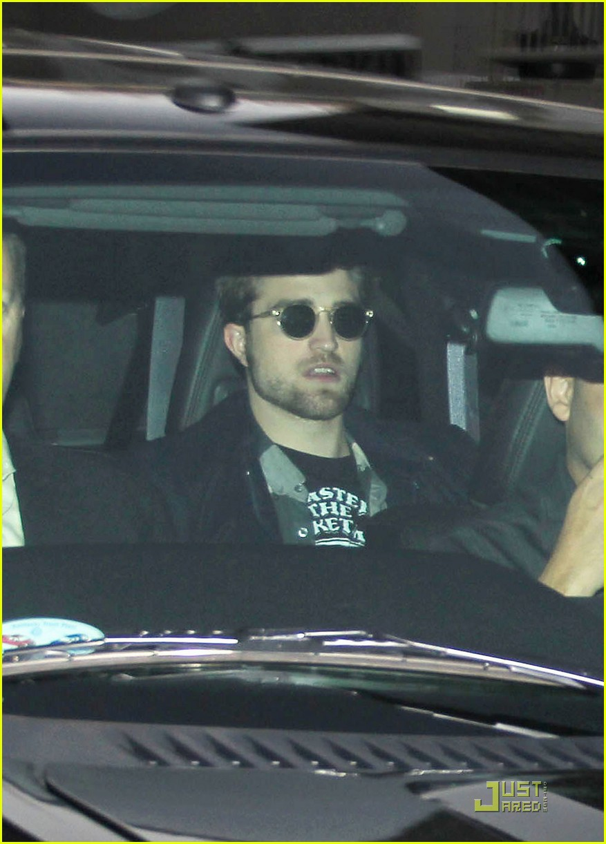 rob pattinson kimmel 03