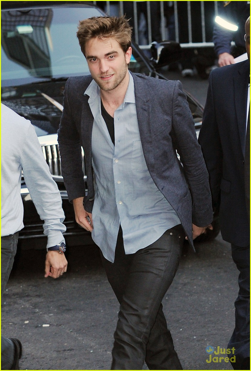 robert pattinson letterman arrival 07
